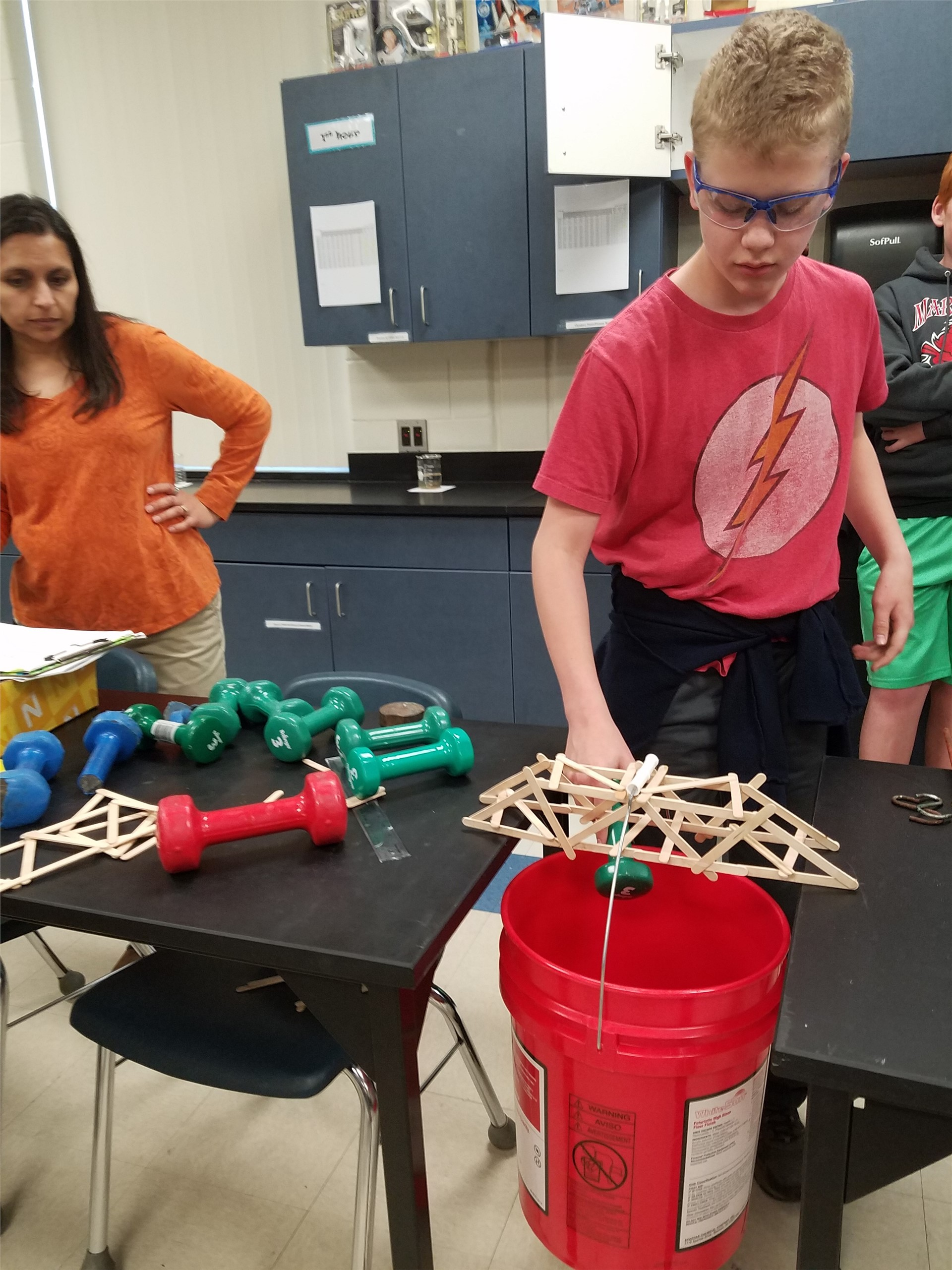 MS Students working on Science Project2