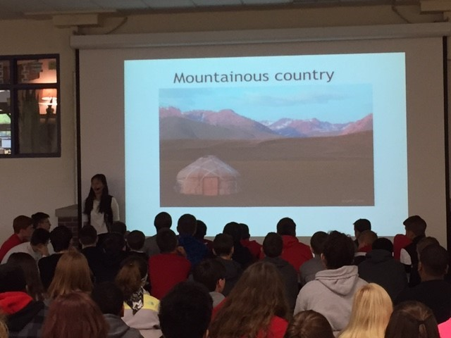 MS Students Learning about Other Regions